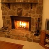 暖炉のある生活!本格派からマンションOKまで進化し続ける暖炉の魅力とは?
