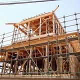 家の建て替えってみんなどうしてる? 費用や築年数・仮住まいなどについて解説